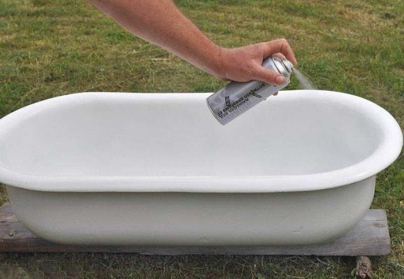 Грунтовка чаши ванны