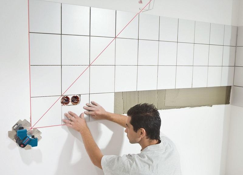 Как положить плитку в ванной