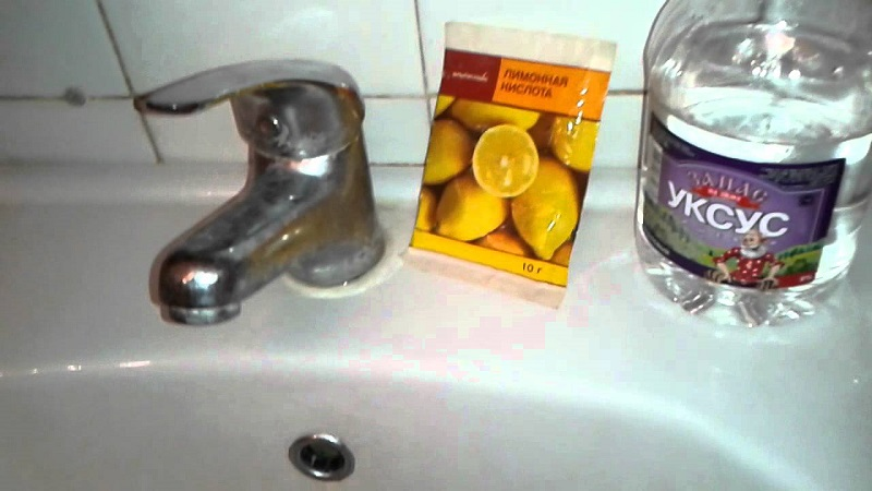Домашнее средство для очищения ванны от ржавчины