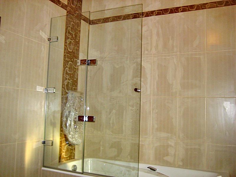 Стеклянная шторка в ванной своими руками