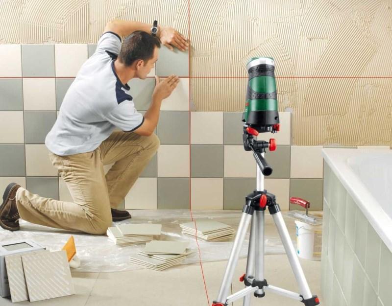 Укладка плитки на ровную стену