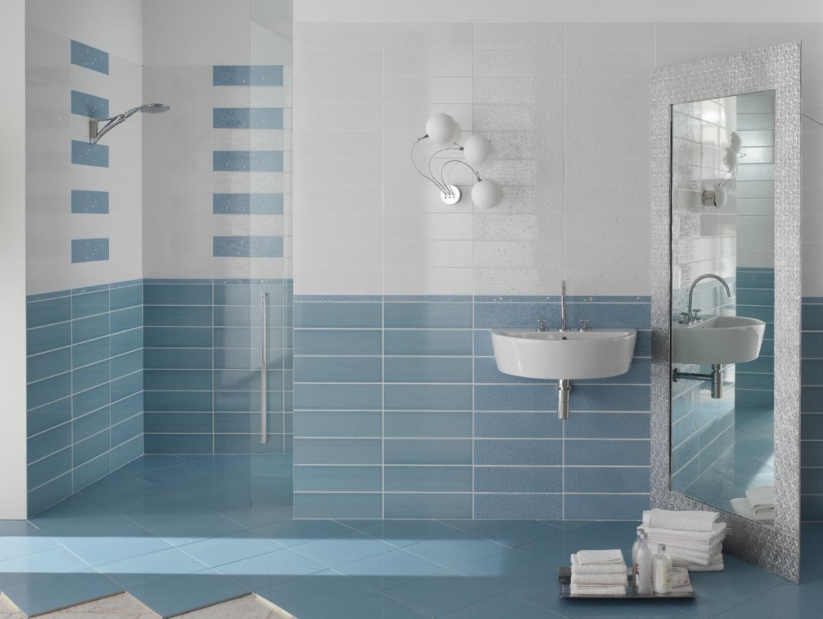 Плитка на стенах ванной